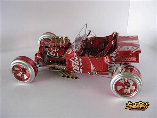 逼真的易拉罐汽车模型