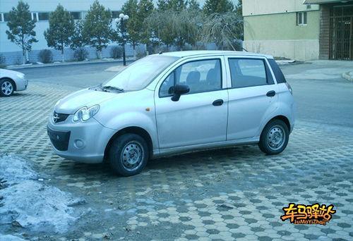 标志也换成了富有中国韵味的福仕达logo.根据网易汽车的报高清图片