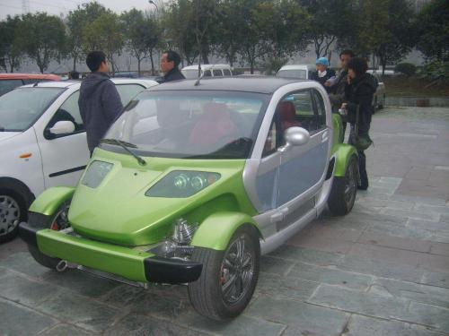 街头实拍国产野马纯电动概念车高清图片