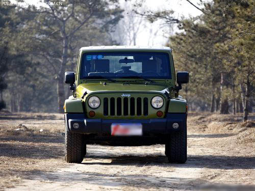 【全文】:越野宗师!详细测试jeep牧马人撒哈拉-车讯网图片