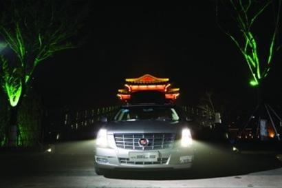 光影尊崇 解析凯迪拉克sls赛威的灯光设计 高清图片