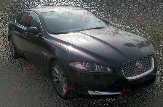 2013款捷豹XF谍照曝光 配置福特2.0T发动机高清图片