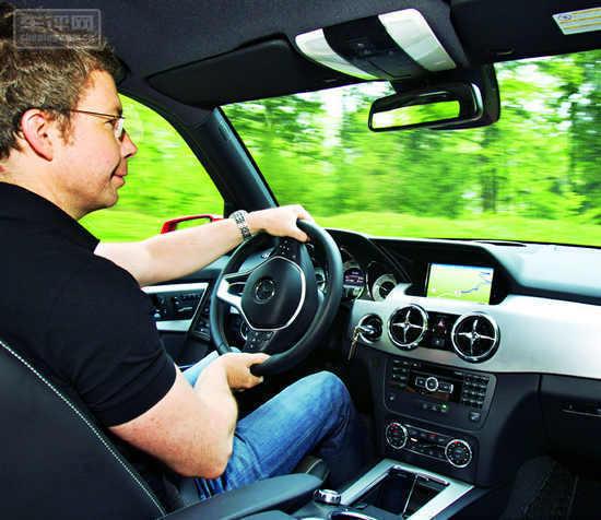 汽车博览 试驾奔驰glk高清图片
