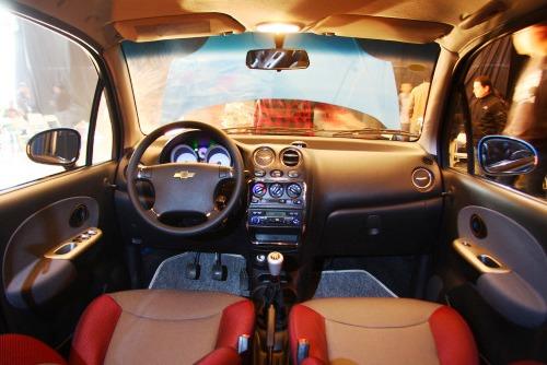 车讯网 车型库 上汽通用五菱 乐驰     内饰部分,中控按键区加入了图片