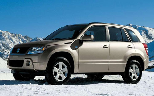 铃木召回XL 7和超级维特拉SUV车型高清图片