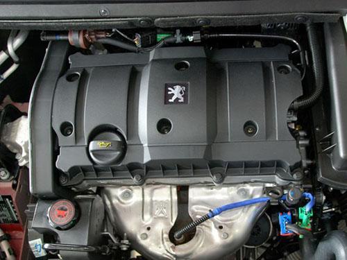 标致307 1.6l发动机高清图片