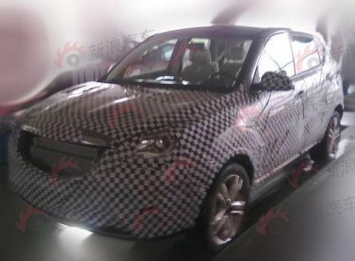 长安汽车首款SUV实拍谍照曝光 跨界新宠高清图片
